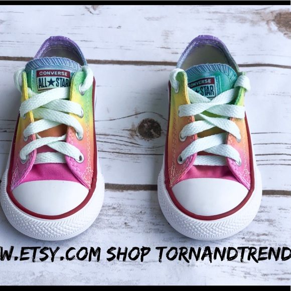 09f4c4403731 Kids Rainbow dyed Converse